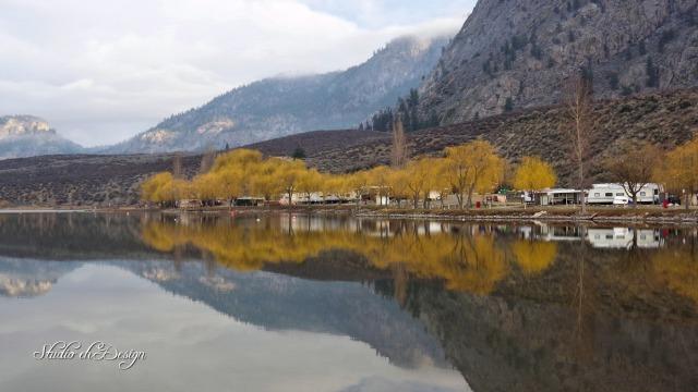 Morning Lake 2643sm